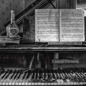 Artland Poster, Leinwandbild »Lost Place Partitur Klavier Stillleben Foto«