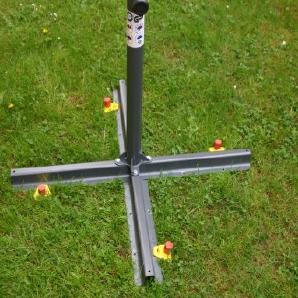 SONNENSCHIRMSTÄNDER - BODEN BEFESTIGUNG - ALU-FIX mit 2 Erdschrauber Wurmi® ALUMINIUM HERINGE 30 cm Lang - Set besteht aus 2 x Hakenstiftplatte + 2 x ALUMINIUM - Schraubheringen - STABIELO - Wurmi-Produkte ®MADE in GERMANY - LANGZEIT-TEST bestanden -