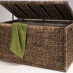 truhen f r drinnen und drau en moebel24. Black Bedroom Furniture Sets. Home Design Ideas