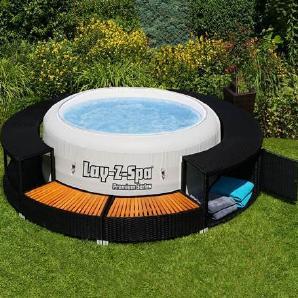 Schwarzer Whirlpool aus Polyester mit Rattaneinfassung, schick, modern, tropisches Hartholz, für draußen geeignet